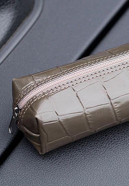Makeup pouch case Croco embossed olive green Diana Florian com.jpeg