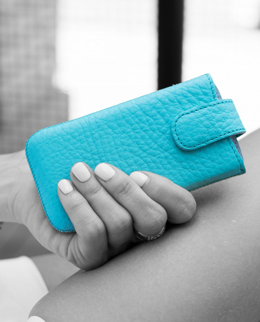 Turquoise iPhone 55s5cSE Leather Case With woman hands Black and White